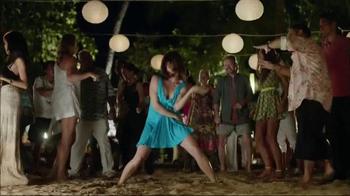 Booking.com TV Spot, 'Dance Floor' - Thumbnail 8