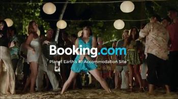 Booking.com TV Spot, 'Dance Floor' - Thumbnail 9