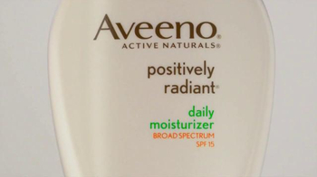 Aveeno Positively Radiant Tone Corrector TV Spot Featuring Jennifer Aniston - Thumbnail 4
