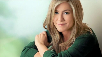 Aveeno Positively Radiant TV Spot Con Jennifer Aniston [Spanish] - Thumbnail 7