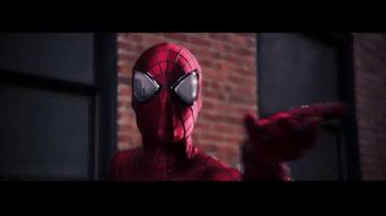 The Amazing Spider-Man 2 Mask and Web Blaster TV Spot, 'Gear Up' - Thumbnail 3