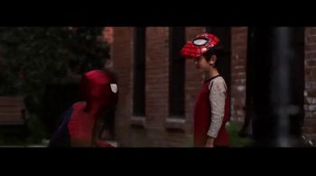 The Amazing Spider-Man 2 Mask and Web Blaster TV Spot, 'Gear Up' - Thumbnail 7