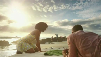 Regions Mobile Deposit TV Spot, 'Helping You Give Life the Green Light' - Thumbnail 9