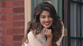 Beats Pill XL TV Spot, 'I Can't Make You Love Me' Ft. Priyanka Chopra - Thumbnail 10