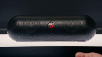 Beats Pill XL TV Spot, 'I Can't Make You Love Me' Ft. Priyanka Chopra - Thumbnail 6