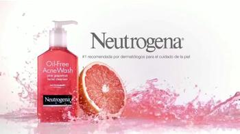 Neutrogena Oil-Free Acne Wash TV Spot Con Bella Thorne [Spanish] - Thumbnail 10