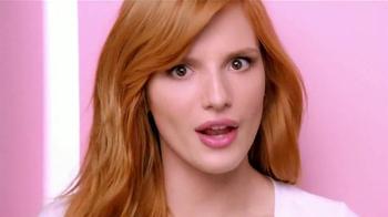 Neutrogena Oil-Free Acne Wash TV Spot Con Bella Thorne [Spanish] - Thumbnail 5