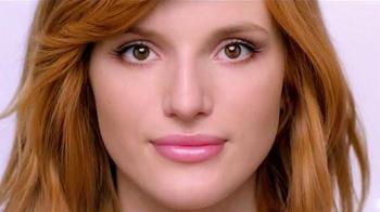 Neutrogena Oil-Free Acne Wash TV Spot Con Bella Thorne [Spanish] - Thumbnail 7