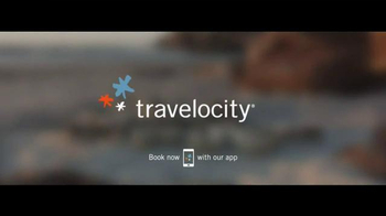 Travelocity TV Spot, 'Surfing' - Thumbnail 10