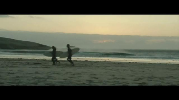 Travelocity TV Spot, 'Surfing' - Thumbnail 5