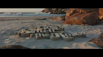 Travelocity TV Spot, 'Surfing' - Thumbnail 9
