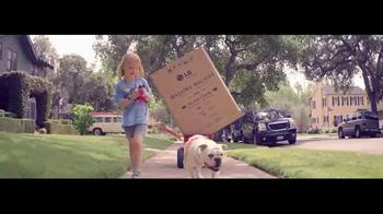 h.h. gregg TV Spot, 'Cardboard Home' - Thumbnail 2