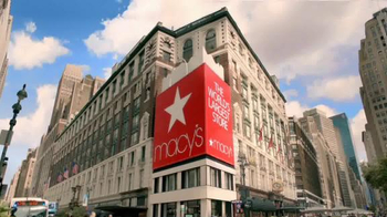 Macy's TV Spot, 'Mother's Day Necklace' - Thumbnail 1