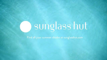 Sunglass Hut TV Spot, '94 Days of Summer' - Thumbnail 10