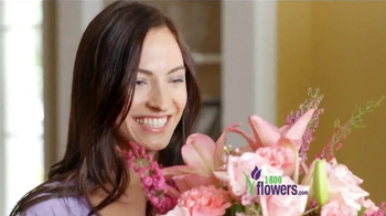 1-800-FLOWERS.COM TV Spot, 'Send Mom a Smile' - Thumbnail 5