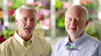 1-800-FLOWERS.COM TV Spot, 'Send Mom a Smile' - Thumbnail 8