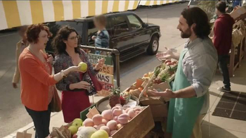 Dairy Queen TV Spot, 'Artificial Fruit Stand'