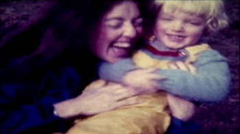 Facebook TV Spot, 'Happy Mother's Day' - Thumbnail 10