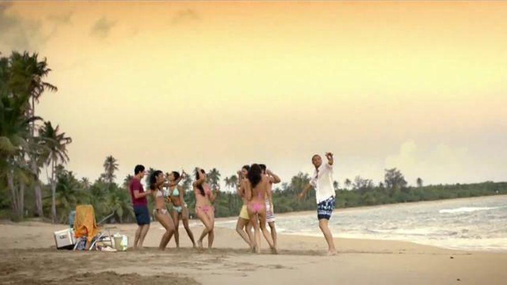 Corona Extra TV Commercial, 'Es Verano'