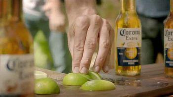Corona Extra TV Spot, 'Es Verano' [Spanish] - Thumbnail 7