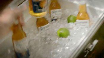 Corona Extra TV Spot, 'Es Verano' [Spanish] - Thumbnail 8
