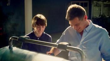 Weber TV Spot, 'Memorable Times' - Thumbnail 4