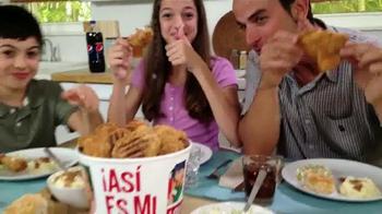 KFC 10-Piece Bucket TV Spot, 'Liberada' [Spanish] - Thumbnail 3
