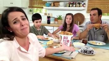 KFC 10-Piece Bucket TV Spot, 'Liberada' [Spanish] - Thumbnail 4