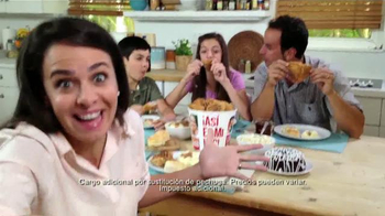 KFC 10-Piece Bucket TV Spot, 'Liberada' [Spanish] - Thumbnail 7