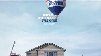 RE/MAX TV Spot, 'Dream with Your Eyes Open: Contract' - Thumbnail 10