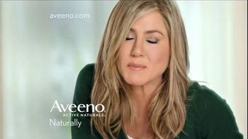 Aveeno Positively Radiant Tone Corrector TV Spot Featuring Jennifer Aniston - Thumbnail 10