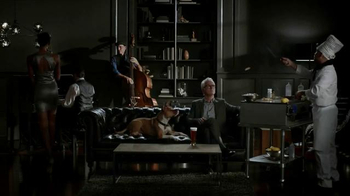 Honeywell Wi-Fi Thermostat TV Spot Featuring John Slattery - Thumbnail 9
