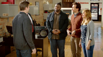 State Farm TV Spot, 'Raji Dance' Featuring B.J. Raji and Aaron Rodgers - Thumbnail 5