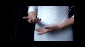 Lancôme TV Spot, 'La Vie Est Belle' Featuring Julia Roberts - Thumbnail 8