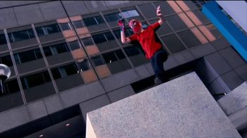 The Amazing Spider-Man Wrist Shooters TV Spot, 'Swinging Into Action'