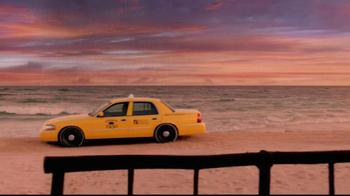 Corona Extra TV Spot, 'Beach Taxi' - Thumbnail 4