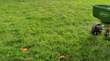 Scotts Turf Builder TV Spot, 'Feed Your Lawn' - Thumbnail 7
