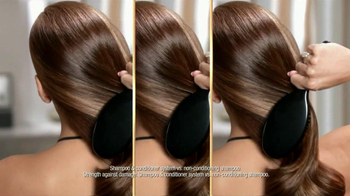 Pantene Dare to Compare Challenge TV Spot Featuring Eva Mendes - Thumbnail 5