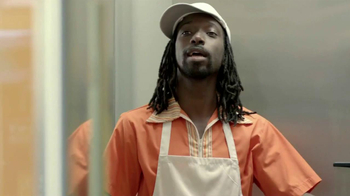 Velveeta Shells and Cheese TV Spot, 'The Guy at the Mall' - Thumbnail 7