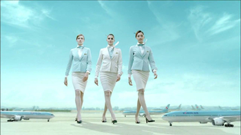 Korean Air TV Spot Featuring Lunar Seeds Song - Thumbnail 9