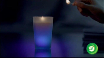 Air Wick TV Spot, 'Color-Changing Candle' - Thumbnail 2