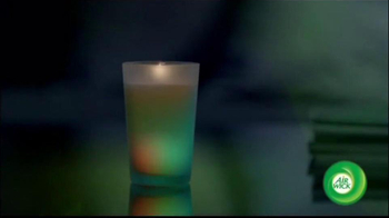 Air Wick TV Spot, 'Color-Changing Candle' - Thumbnail 4