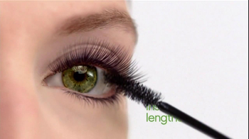 Almay TV Spot for One Coat Get Up and Grow Mascara Featuring Kate Hudson - Thumbnail 3