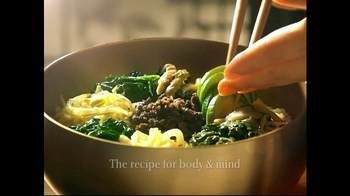 Korean Air TV Spot, 'Korean Food: Bibimbap' - Thumbnail 3