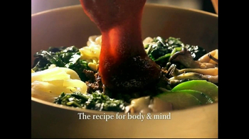 Korean Air TV Spot, 'Korean Food: Bibimbap' - Thumbnail 4