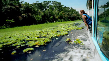 Dulera TV Spot, 'Waterside in Costa Rica' - Thumbnail 7