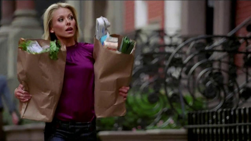 Electrolux TV Commercial, 'Dinner Party' Featuring Kelly Ripa