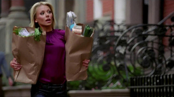 Electrolux TV Spot, \'Dinner Party\' Featuring Kelly Ripa