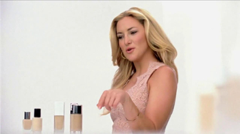 Almay Smart Shade Makeup TV Spot Featuring Kate Hudson - Thumbnail 3