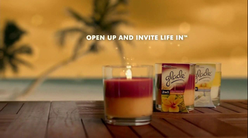 Glade TV Spot for 2 in 1 Candles - Thumbnail 10